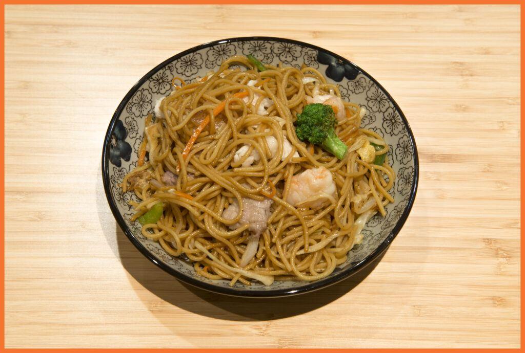 espagueti chino frito